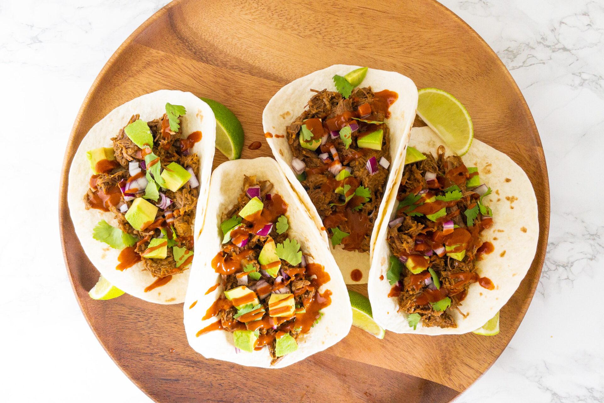 Taco's met Ancho saus en rundvlees