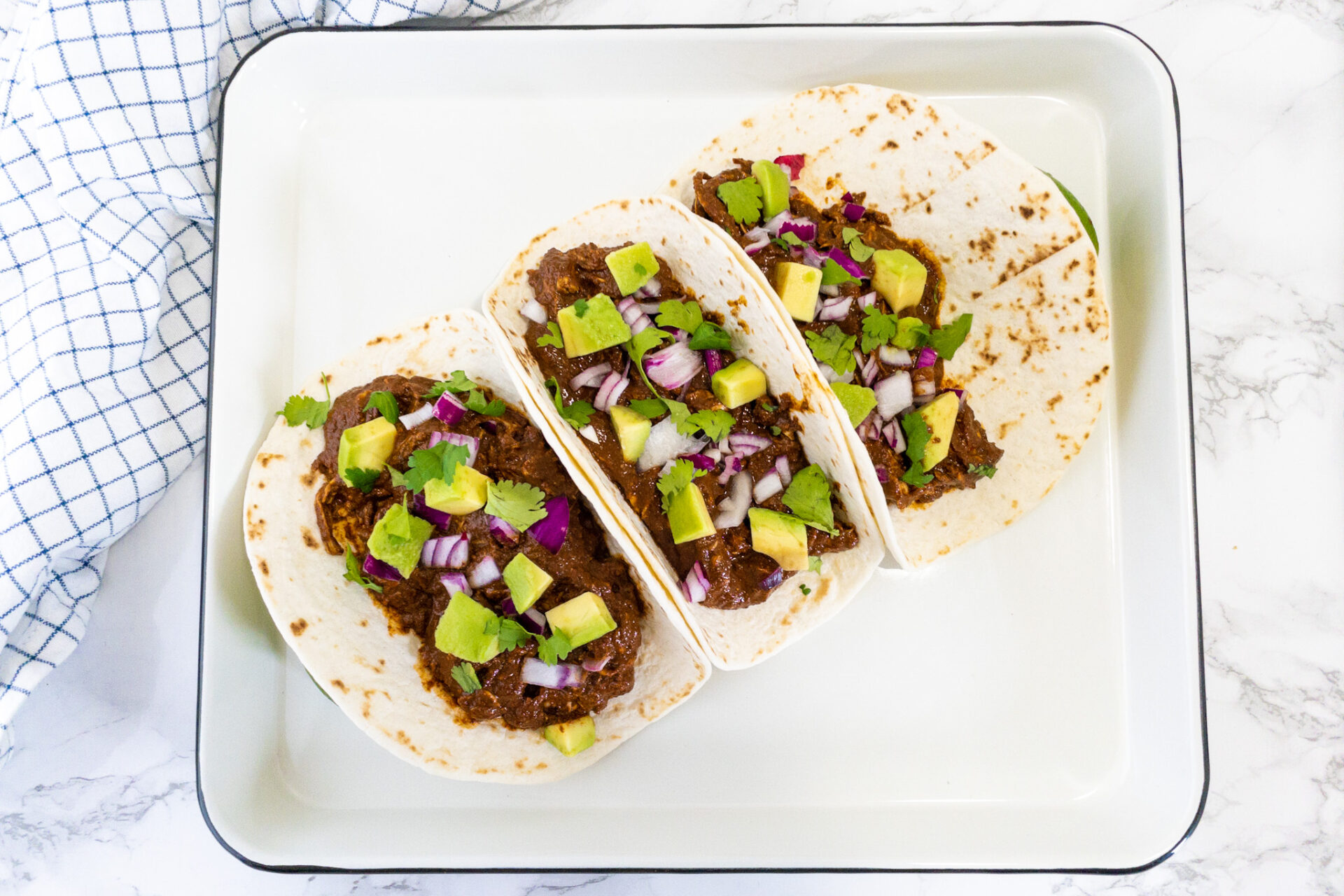 Mexicaans recept voor mole kip taco's